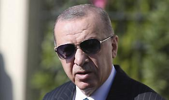 Προκλητικός Ερντογάν: O Mακρόν χρειάζεται ψυχοθεραπεία