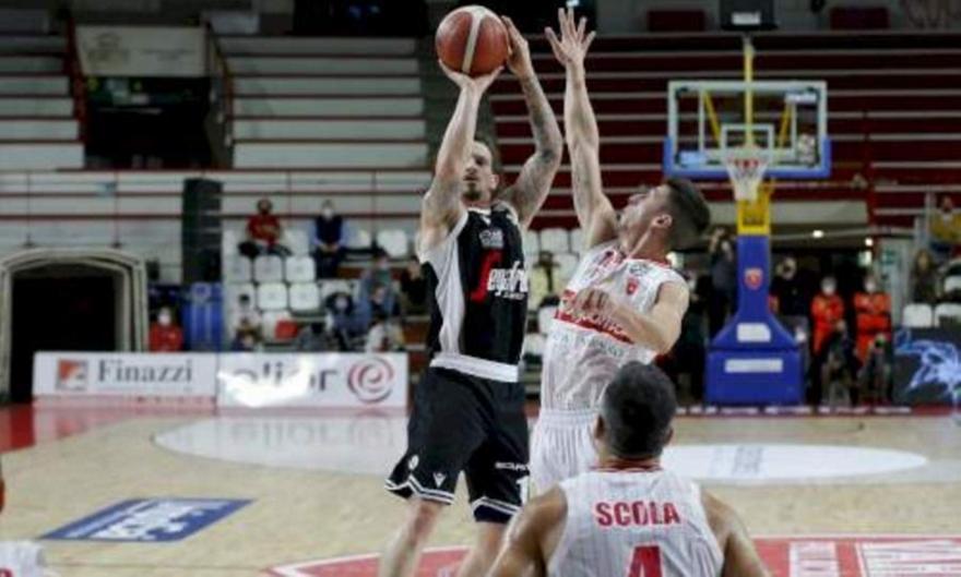 Lega Basket: Βαρέζε-Βίρτους Μπολόνια 73-85