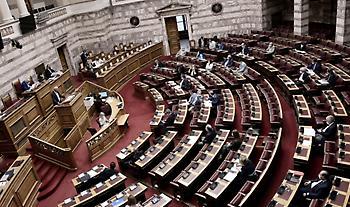 Βουλή: Απορρίφθηκε με 158 «όχι» η πρόταση δυσπιστίας για Σταϊκούρα