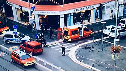 Γαλλία: Τρομοκρατική επίθεση με μαχαίρι σε εκκλησία στη Νίκαια - Αποκεφαλίστηκε 1 από τα θύματα