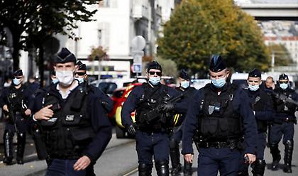 Γαλλία: Η αστυνομία σκότωσε ένοπλο στην Αβινιόν που φώναζε «Αλάχου Άκμπαρ»