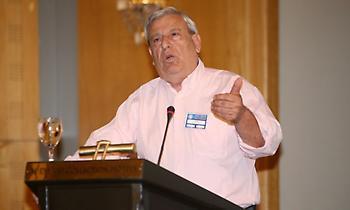 Ποιος είναι ο Σταύρος Ψαρόπουλος που κατεβαίνει υποψήφιος για την προεδρία της ΕΠΟ