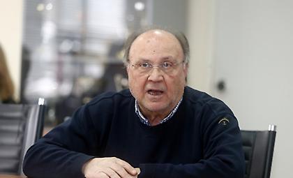 Διαθεσόπουλος: «Παλινωδίες με τα κολυμβητήρια»