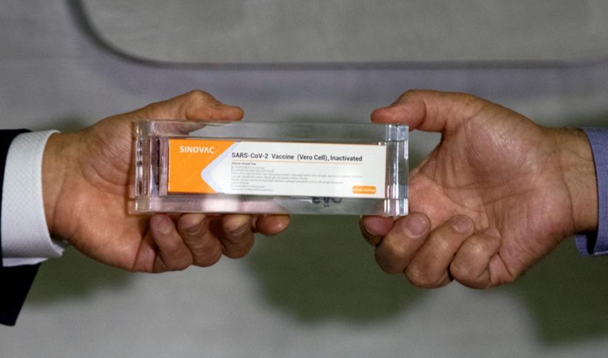 Εμβόλια κατά κορωνοϊού: Τι σημαίνει αποτελεσματικότητα 95%