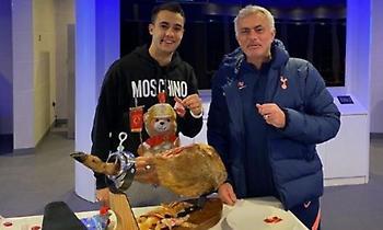 Έκανε δώρο… ζαμπόν 560 ευρώ στον Ρεγκιλόν ο Μουρίνιο (pic)