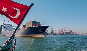Προκλητικό δημοσίευμα Yeni Safak: Εξετάζονται αντίποινα σε ελληνικά πλοία για τη νηοψία!