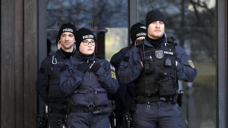 Βερολίνο: Αυτοκίνητο έπεσε στην είσοδο του γραφείου της Άνγκελα Μέρκε