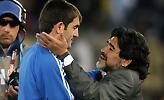 Καραγκούνης στον ΣΠΟΡ FM: «Ο Μαραντόνα μάς έκανε να ερωτευτούμε το ποδόσφαιρο»