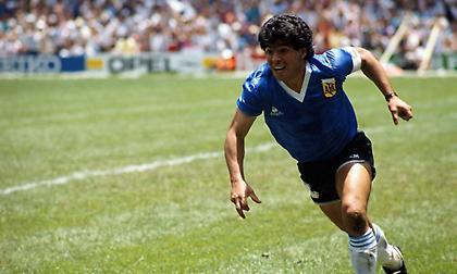 Μαρτίνι στο sportfm.gr: «Κανείς δεν υπερασπίστηκε την Αργεντινή όπως ο Μαραντόνα...»