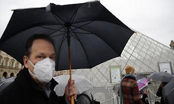 Κορωνοϊός - Γαλλία: Μείωση νέων μολύνσεων και νοσηλειών