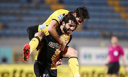 Διπλό μαγκιάς και καρδιάς, με ωραίο ποδόσφαιρο η ΑΕΚ στην Τρίπολη