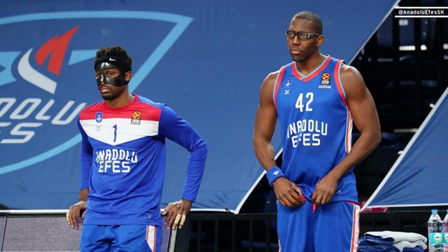 Εφές: Με μάσκα ο Μπομπουά και γυαλιά ο Ντάνστον