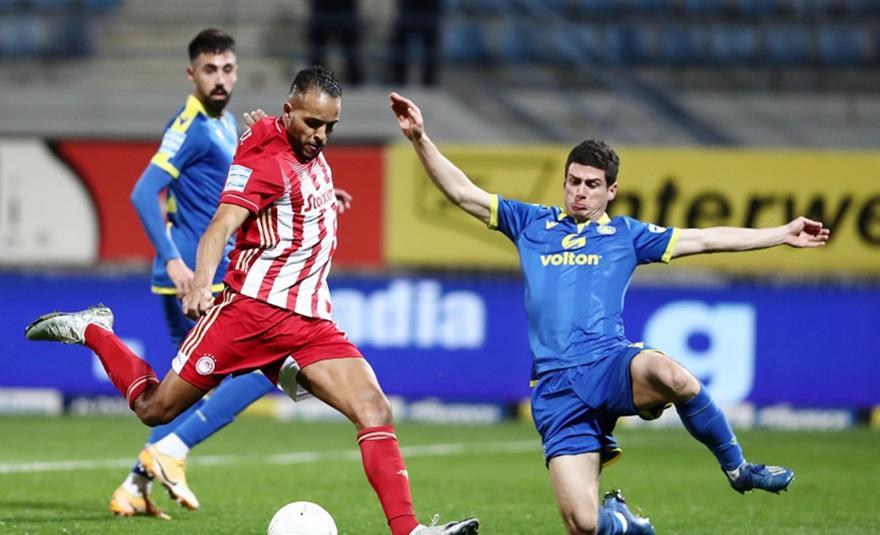 Νικολακόπουλος: «Δεν προκύπτει Γουλβς-Ελ Αραμπί»
