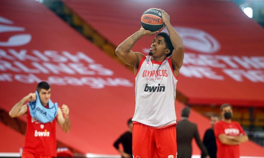 Ολυμπιακός: Επέστρεψε στις προπονήσεις ο ΜακΚίσικ