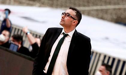 Χαραλαμπίδης:«Τα παιδιά ήταν σαν τους μποξέρ, που πρέπει να συνεχίσουν μετά από νοκ ντάουν»