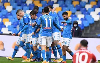 Νάπολι: Διαλύει τη Φιορεντίνα με 4-0 στο ημίχρονο