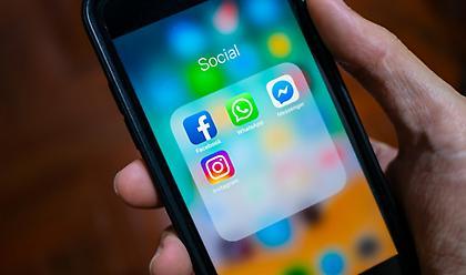 Έρευνα: 7 στους 10 «κολλημένοι» στα social media εν μέσω lockdown-Αυξάνεται κατάθλιψη και μοναξιά