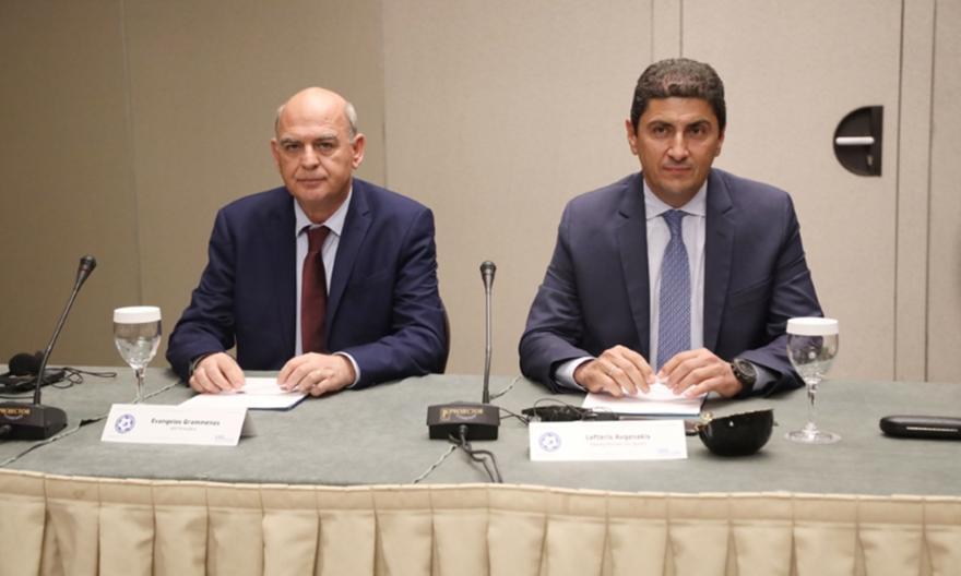 Τα λένε για τον αθλητικό νόμο FIFA-UEFA, ΕΠΟ και Αυγενάκης
