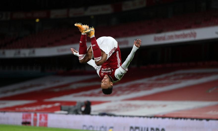 Άρσεναλ-Νιούκαστλ: Άπιαστος Ομπαμεγιάνγκ, γκολ και ο Σάκα για το 2-0 (video)