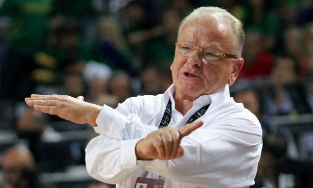 Ο Ίβκοβιτς τιμήθηκε από την πρώτη του ομάδα: «Είμαι πιστός σαν σκυλί»