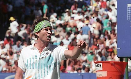 Όταν ο ΜάκΕνρο έγινε ο πρώτος που αποβλήθηκε από το Αυστραλιανό Open λόγω ανάρμοστης συμπεριφοράς