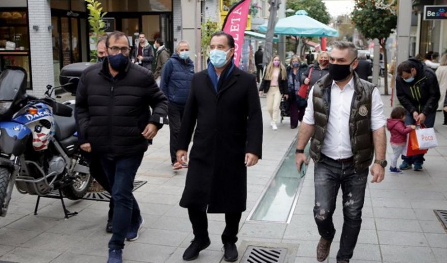 Γεωργιάδης: Οι εικόνες συνωστισμού στην αγορά ήταν η εξαίρεση