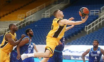 Ρογκαβόπουλος: «Παίξαμε καλή άμυνα»