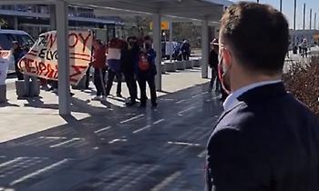Υποδοχή με συνθήματα για τον Ολυμπιακό στην Ολλανδία (video)