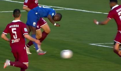 ΑΕΛ-Λαμία: Παραλίγο το 0-1 με αυτογκόλ του Ζίζιτς!
