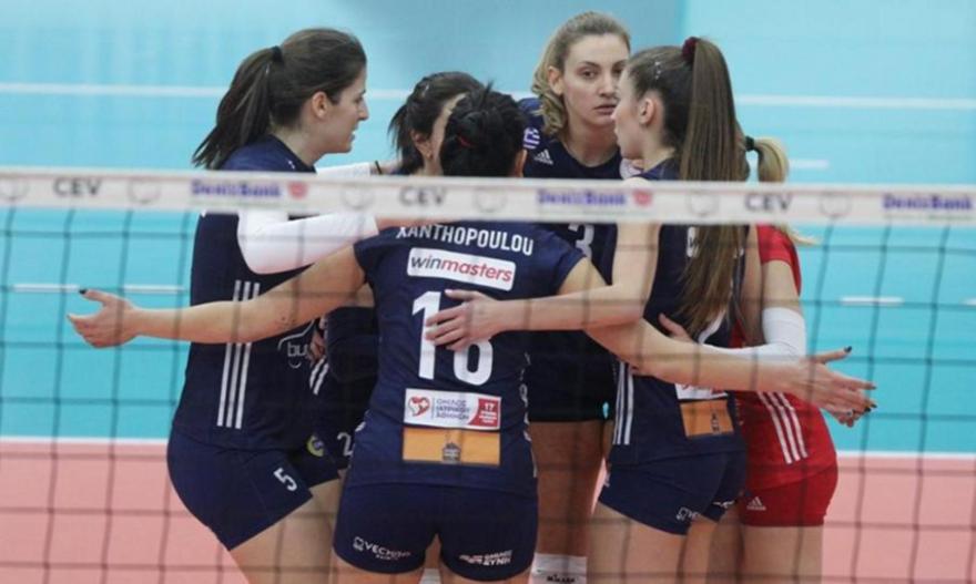 Τρία νέα κρούσματα στη γυναικεία ομάδα βόλεϊ του Ολυμπιακού