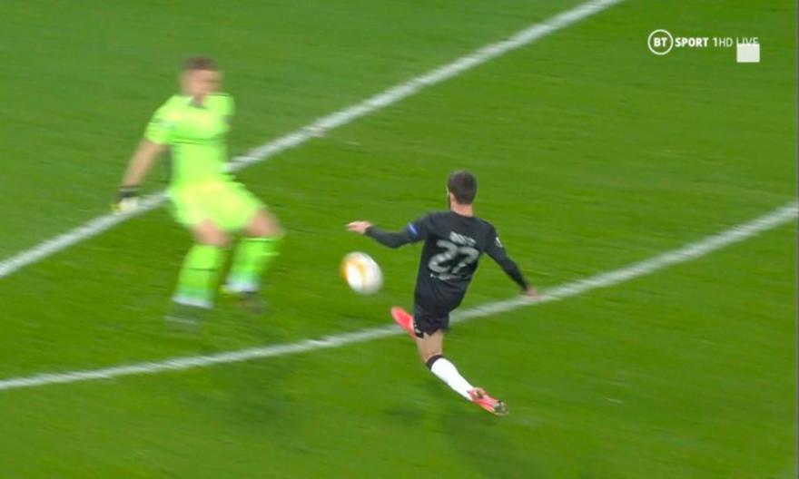 Χαμός στο «Καραϊσκάκη»: Σε έξι λεπτά έγινε 2-2 το Άρσεναλ-Μπενφίκα!