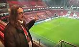 To σχόλιο του Ηρακλή Αντύπα από το ''Philips Stadion'' μετά τη θρυλική πρόκριση του Ολυμπιακού (vid)