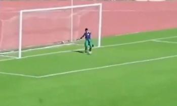 Από μηχανής θεός: Ball boy έδιωξε την μπάλα πάνω στη γραμμή στην Αλγερία (video)