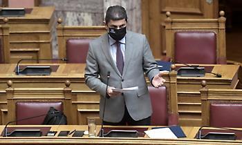 Αυγενάκης σε ΣΥΡΙΖΑ: «Δεν ζούμε στις μαύρες εποχές που έκαναν κουμάντο τα καπετανάτα και τα φέουδα»