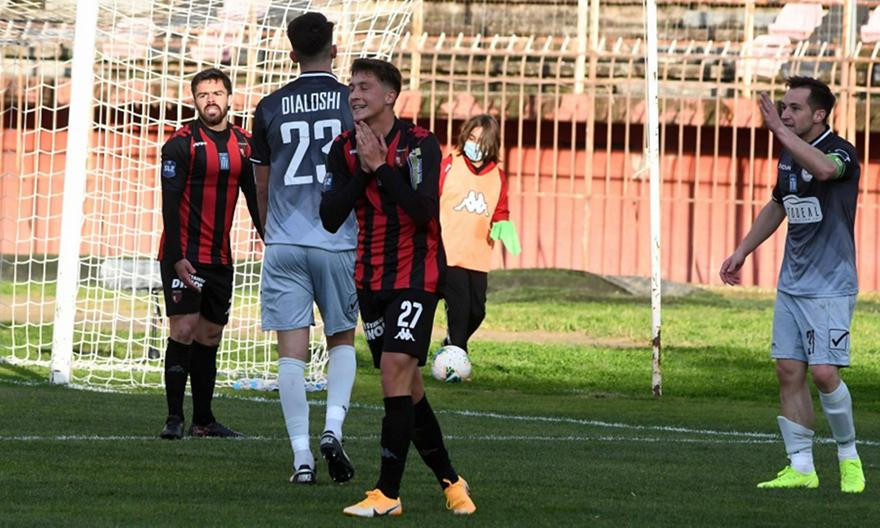 Τρίκαλα-Παναχαϊκή 0-0