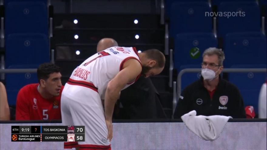 Ολυμπιακός: Τραυματίστηκε στο δάχτυλο ο Σπανούλης (video)