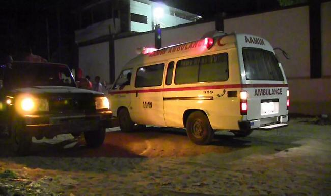 Σομαλία: 20 νεκροί από έκρηξη παγιδευμένου αυτοκινήτου έξω από εστιατόριο στη Μογκαντίσου