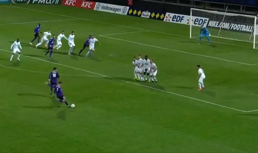 Κανέ-Μαρσέιγ: Φαουλάρα αλά Ροναλντίνιο και 1-0 για τους γηπεδούχους!
