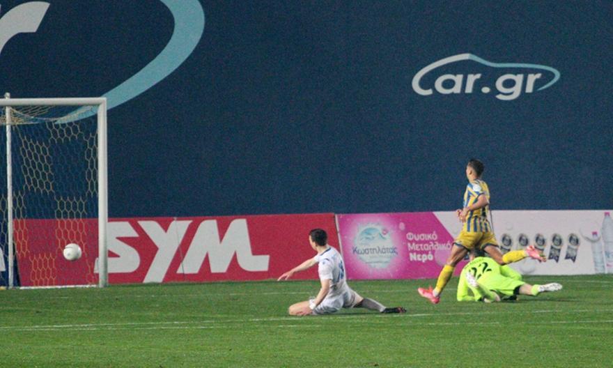 Παναιτωλικός-Λαμία: Φοβερά πράγματα στο Αγρίνιο, 3-0 η Λαμία στο 43'!