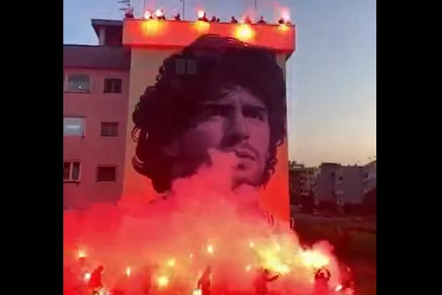 Νάπολι: Φοβερό γκράφιτι για Μαραντόνα