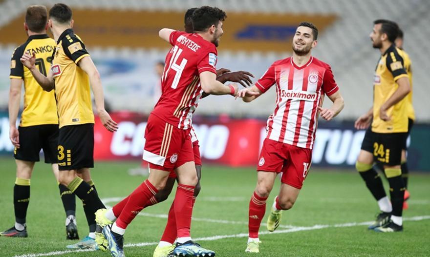ΑΕΚ-Ολυμπιακός: Άψογο τελείωμα Μασούρα και 2-0 ο Ολυμπιακός