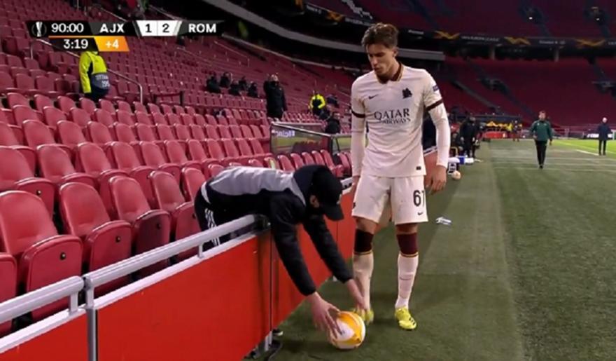 Καλαφιόρι:Βall boy του πέταξε την μπάλα επειδή καθυστερούσε