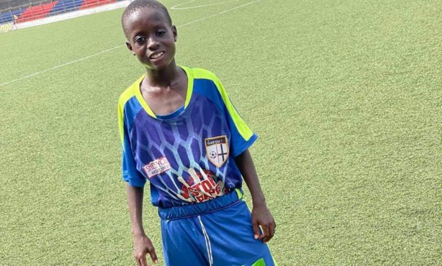 Λιβερία: 11χρονος παίζει σε ομάδα Αντρών