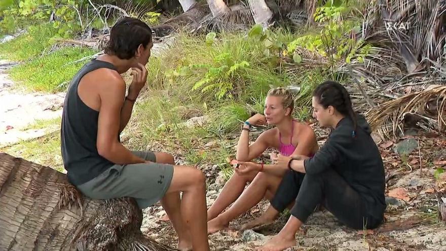 Survivor: Η Ελένη κατηγορεί τη Μαριαλένα