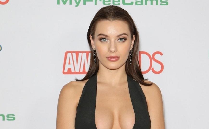 Διάσημη πορνοστάρ αποκαλύπτει πως είχε τάσεις αυτοκτονίας