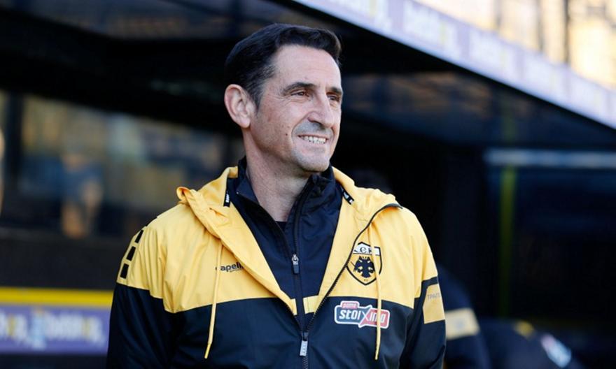 Φρένο της ΑΕΚ στα σενάρια: «Προπονητής μας είναι ο Χιμένεθ»