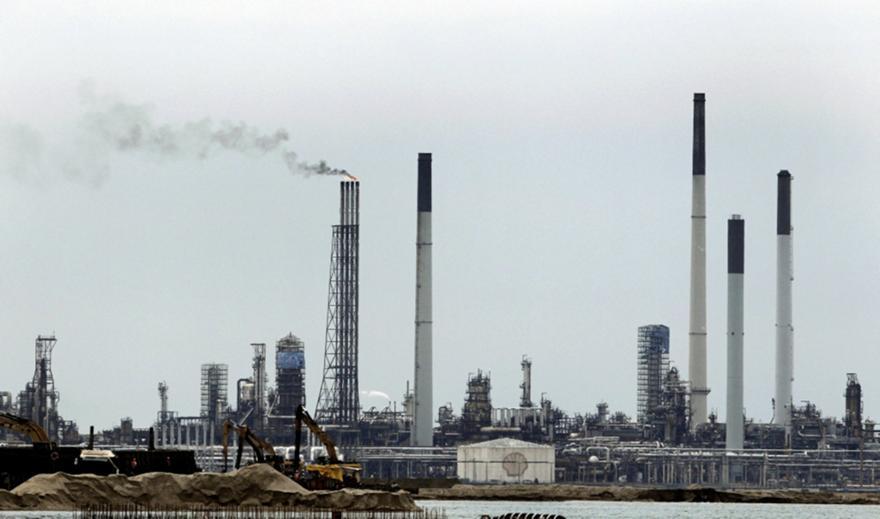 Σιγκαπούρη: Aυξάνονται οι τιμές του πετρελαίου στην Ασία