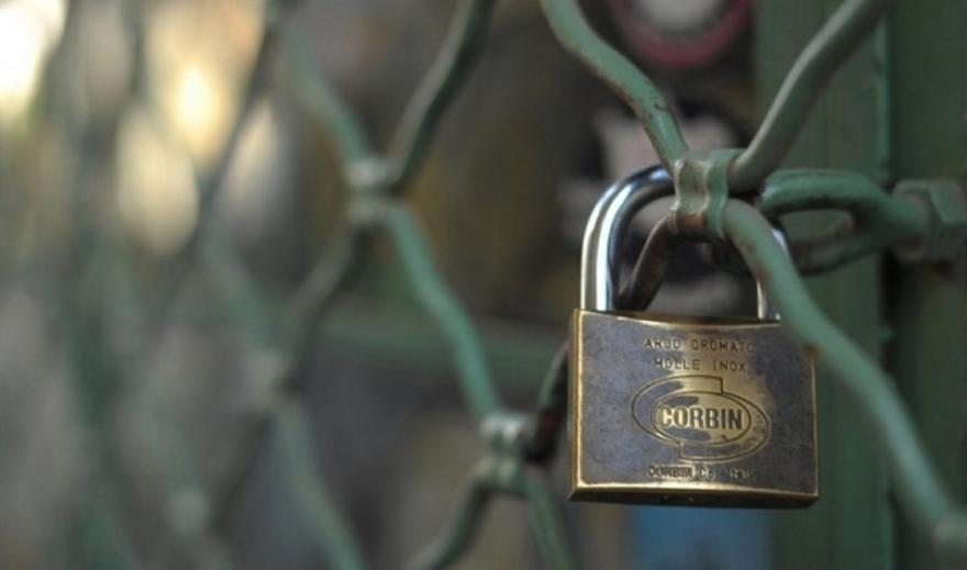 Μηδενικά ενοίκια τον Απρίλιο για κλειστές επιχειρήσεις