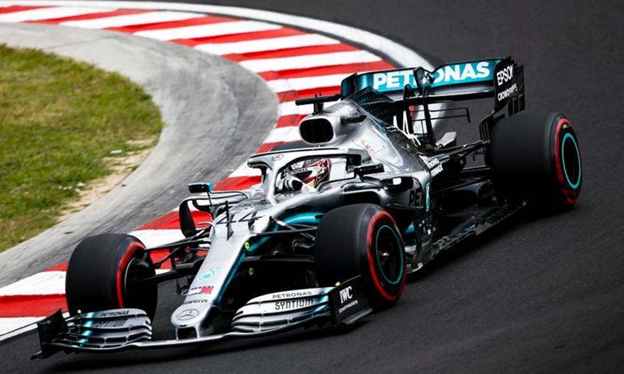 Formula 1: «Σίφουνας» και στην Πορτογαλία ο Χάμιλτον
