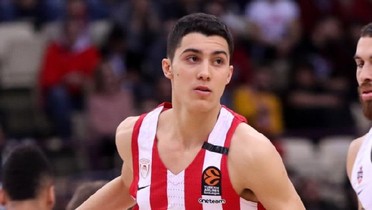 Ζέρβας: «Πρέπει να έχει θέση και ρόλο στον νέο Ολυμπιακό ο Νικολαΐδης»